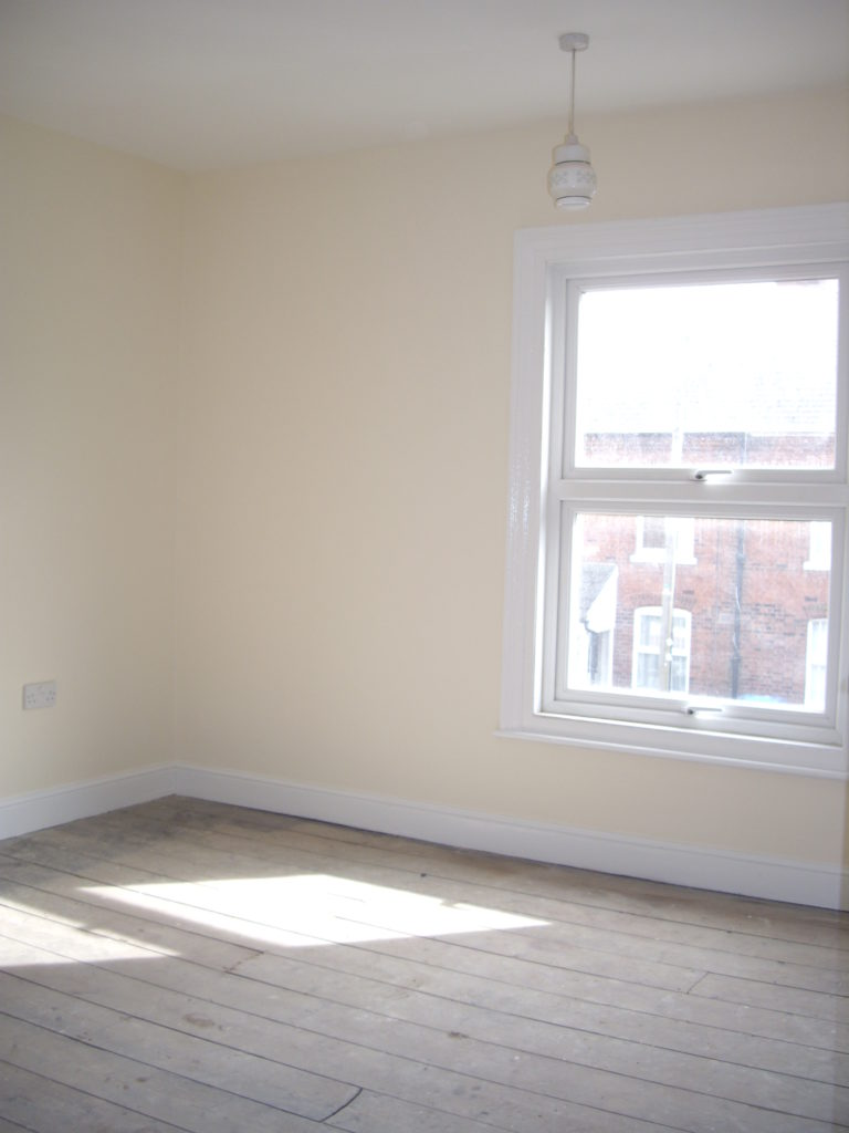 Let this lovely property in Cozens Road, a rental by Kings & Co .